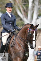 Alexandra Nairn rode her, 'Rubinsaar' to claim the 2019 SHCV Southern Stars Rider 17 AU 21 Years Runner Up award.