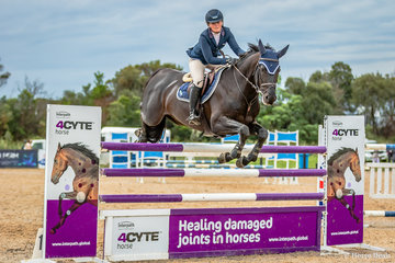 Well done to Brook Langbecker, 22yo NSW and Black Jack Ixe, 8yo stallion (C Indoctro / Tradition Ixe), winning event 18 the Interpath Mini Prix in 42.76 seconds. Brooke also took out 3rd place on Bejing Ls La silla.