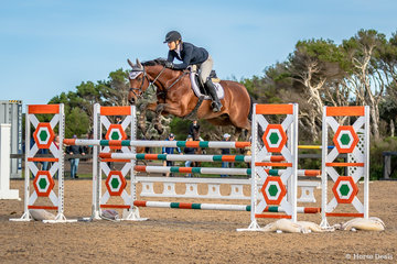 Erin Buswell and Quero Quero placed 8th in the Stal Tops Young Rider 130cm championships in a time of 33.91 seconds