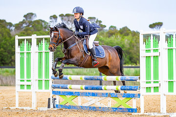 Alice Lawrence. Centre Stage Love to Love competing in the 12 years & under 80cm Championship at the Boneo Cup