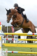 Talented young Queenslander, Olivia Hamood posted the first of seven first round clears in the 2019 Keirnan Plant Hire Future Stars Final riding, 'Sundance GHP' They went on to take fifth place in the class.