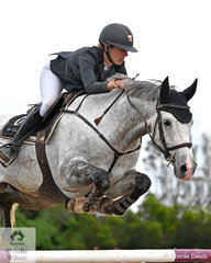 Katie Laurie jumped clear and four to take fourth place in the Interpath Mini Prix Final riding, 'McCaw MVNZ'.