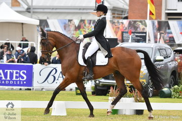 Well performed New Zealand rider, Amanda Pottinger holds seventh place after the dressage phase of the Mitsubishi CCI5*-L riding her Thoroughbred gelding, 'Just Kidding' by Fusaichi Pegasus.