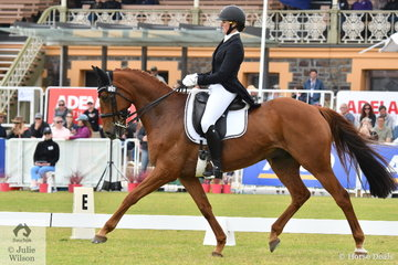 Two time Australian International 3DE winners, Hazel Shannon and 'Willinga Park Clifford' from NSW demonstrated some lovely work during the dressage phase of the Mitsubishi CCI5*-L to hold second place by just 0.40 of a penalty.