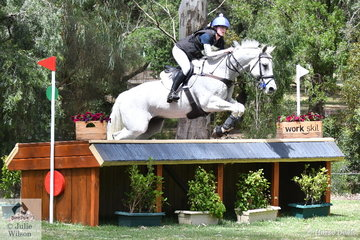 Tara Rogers and 'Hunter Bullimore' from NSW look well on their way to posting a clear round. They did just  that an moved from eleventh to fifth place in the the Horseland CCI3*-L.