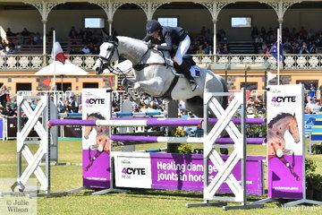 WA rider, Lauren Browne held on to her dressage third place riding her talented Thoroughbred, 'Sky's Da Limit' by Hurricane Sky, to finish on the Mitsubishi CCI5*-L podium.