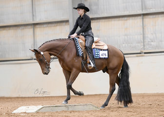 Dazhara Mears riding GJC SOuthern Cross in the YOuth Trail 14-18 Years