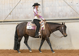 Pam Jones riding Good N Lazy  in the Select Amateur Western Pleasure