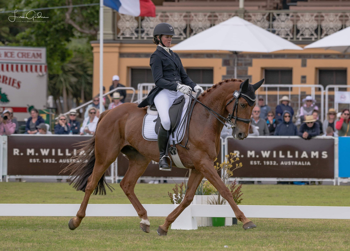 Image: Hazel Shannon and Willinga Park Clifford<br> Photo credit: LMG Photography.