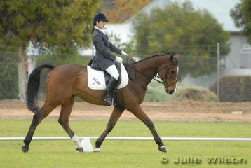 Kristie Austin riding 'Wynella Shiek' finished the Horse Deals CIC* dressage phase in eighth place.