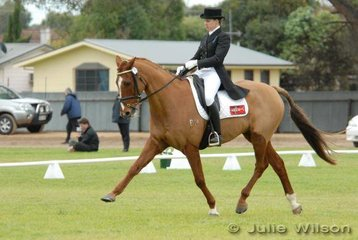 Victorian rider, Jenelle Pitts with her well-performed 'Mr Showoff' , third after the dressage phase of the Cape Jaffa Anchorage CIC*** with 50.30.