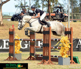 First to go in the Futurity Series First Qualifier and with a clear round was David Cameron and Bensons Femme Fatale.