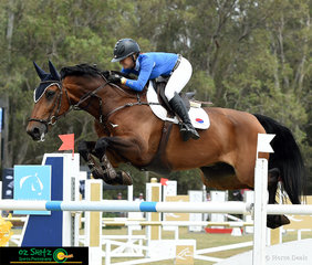 First to go representing Team Yandoo Park was Jamie Winning-Kermond aboard Galliano MD in the 2019 Final of the Australian Jumping Teams League.