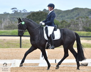 Fiona Guthrie rode the impressive Bluefields Denoir to win the 4 year old Young Horse, scoring 83.40.