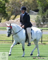 Veteran exhibitor, Jill Bradford claimed the Ring 1 Small Pony Reserve Championship with her, 'Owendale Prima Donna'.