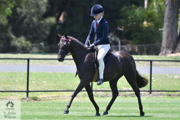 Ella Hole rode Shae Wishart's, 'Lavara Park Leonardo' to claim the Ring 1 Small Pony Championship.