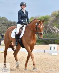 Nichola Payne rode Tullara Chinki in the Elementary 3B Horse class.