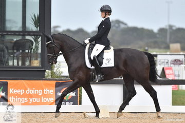 Charlie Welsh rode the beautiful, MSJ Tia Fortuna to take out the Elementary Championships winning both tests, scoring 71.06% and 71.09%.