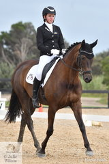 Jasmine Abernethy rode Royal Diamond Jubilee to take out the Reserve Elementary Championship.