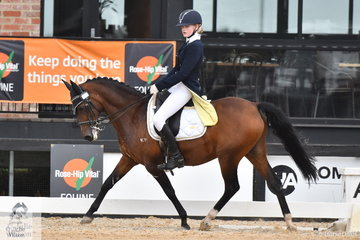Bella Plumridge rode Illawong Harvest Moon to fourth place in the Carol Haynes Advanced 5C.