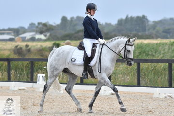 Maddison Growcott rode Entally Schnapps to fourth place in the Toorak College Interschools Senior Novice 2B.