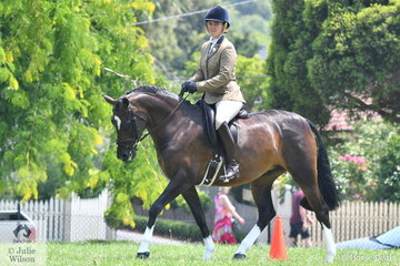 Paige Heffernan rode the Heffernan and Purcell nomination, 'Belmore Park Amazing Grace' to claim the  Ridden Show Hunter Championship.