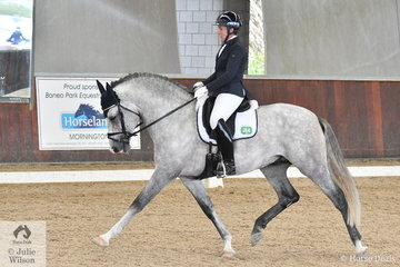 Denise Rogan rode Liza Carver's, Regalo De Susaeta to win the Young Horse 6 Year Old Round 1, scoring 80.20.