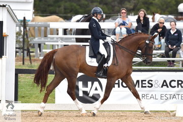 Maree Tomkinson rode Robert Fryer's, Longvue Florencio in the FEI Grand Prix CDI3*.