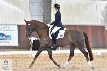 Michaela Bray rode Ellanbrae Bentito Gold to win the Young Horse 4 Year Old Round 2, scoring 76.8%.