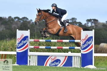 Jasmine Dennison rode Mabobri de Mabribo to win the Pryde's Easifeed Young Rider Championship.