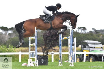 Jess Stones rode her well performed Diamond B Vermont to tenth place in the Martin Collins Australia Mini Prix.