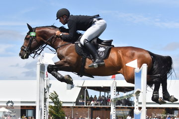 Rhys Stones from NSW rode his stallion, Tulara Colmar to 11th place in the Browns Sawdust World Cup Qualifier.