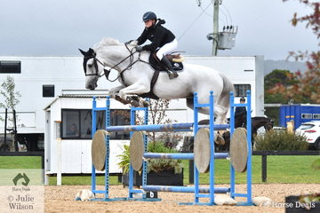 Isabella Du Plessis from NSW rode Cera Carlina in the Open 130cm Art. 238.2.1.