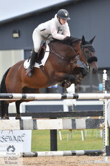 Cortney Bell rode Patangas Casino in the Open 130cm Art. 238.2.1.