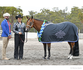 Judge Craig Rath (Vic) with Susan Gittus and Clairveuax Model, Open Halter Feature winner.