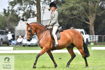 Tahlia Young rode Trudi Jones', 'Royal Command of Sefton' to take out the Child's Small Show Hunter Galloway Reserve Championship.