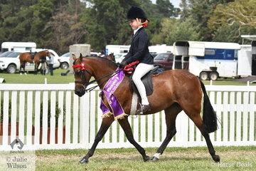 Rosemary Sutherland rode Jacqui McGregor-Thomas', 'Burnewang English Rose' to claim the Barastoc 2020 Small Pony Reserve Championship.
