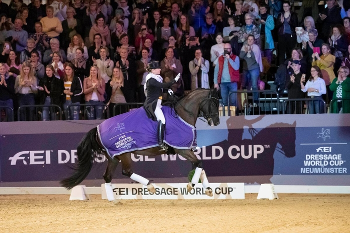 Last years winner of FEI Dressage World Cup Qualification in Neumünster will come back again: Isabell Werth, here with Weihegold OLD. (Photocredit: Stefan Lafrentz)