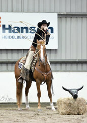 Cutterlenas Little Rooster and Jessica Young, in the All Age Versatility Ranch Trail
