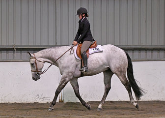 Emma Rush and PGS Good N Breezy in the Youth Hunter Under Saddle
