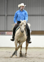 Valentina Whiz and Terry Loughnan in the Ranch Versatility Reining Select Amateur.