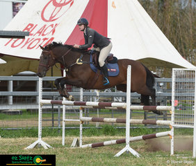 Emily Bradfield and Laurelglen Garnet compete in the 1.10m at the Killarney Show.