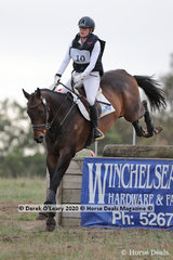 """Jessica Tainsh placed 4th in the CCN 2* riding """"Punching A Dream"""" with a final score of 42.70"""