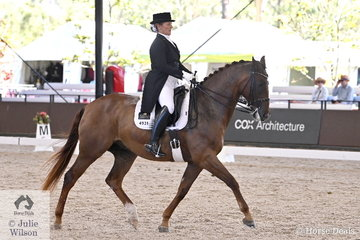 Paula Price rode her own True Sensation to sixth place in the Grand prix Freestyle CDN.