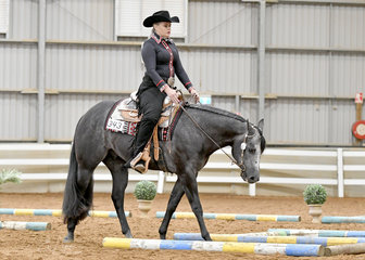 Rebecca Fatchen riding Best I Get An Invite, in the Select Amateur Trail.