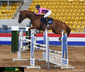 Riding in the 1.30m Young Riders, Amarni Easey and her 10 year old Warmblood 'Jaybee Corona' finish in 6th place in a hotly contested field of talented young riders.