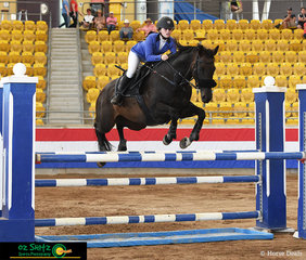 Chloe Garcia with her recently purchased 14 year old Thoroughbred 'Jewel Quest' competed in their first 1.10m Junior this weekend at the Tamworth Indoor Championships held at AELEC.