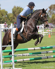 """Judy Mackenzie rode """"Nastro Blu"""" in the 65cm Show Jumping age froup 50-59 y/o"""