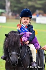 Winner Smartest on Parade under 6yo -  Makayla Morrison riding Pennel Park Digger