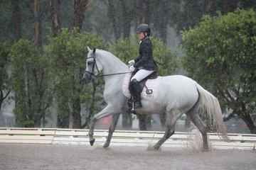 Oso Xannya  splashing through a preliminary 1b test